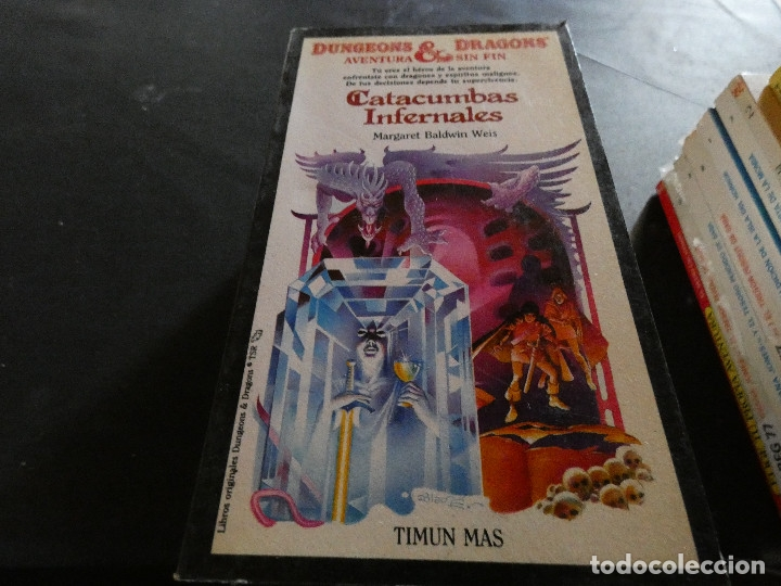 Libros antiguos: LIBROJUEGO DUNGEONS AND DRAGONS AVENTURA SIN FIN CATACUMBAS INFERNALES NUMERO 16 - Foto 1 - 178871543