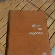 Libros antiguos: ALBUM DE VAGONES DE RENFE.DIRECCIÓN COMERCIAL,AÑO 1970. Lote 182913790
