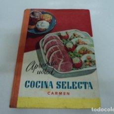 Livres anciens: LIBRO ANTIGUO COCINA APRENDA USTED COCINA SELECTA POR CARMEN GRANDE OVIEDO 1968. Lote 209372460