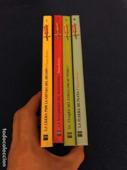 Libros antiguos: LOTE Corazón de dragón nºS 1 2 3 8 FLECHA DE PLATA CABALLERO PIEDRA MAGO CIEGO ETC Thomas Brezina SM - Foto 8 - 194113142