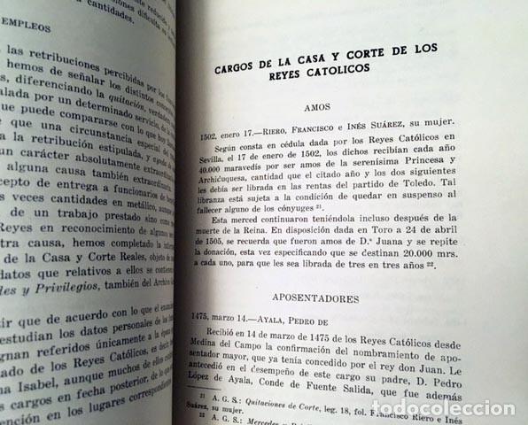 CARGOS DE LA CASA Y CORTE DE LOS REYES CATÓLICOS. (APOSENTADORES, AYOS, CAMAREROS, CANCILLERES, CIRU (Libros Antiguos, Raros y Curiosos - Historia - Otros)
