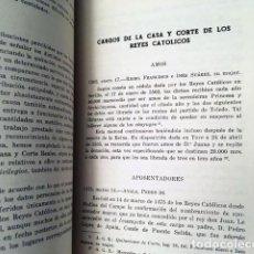 Libros antiguos: CARGOS DE LA CASA Y CORTE DE LOS REYES CATÓLICOS. (APOSENTADORES, AYOS, CAMAREROS, CANCILLERES, CIRU. Lote 195478533