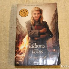 Libros antiguos: LA LADRONA DE LIBROS ( BOLSILLO ) - MARKUS ZUSAK - DEBOLSILLO - BEST SELLER. Lote 196918077