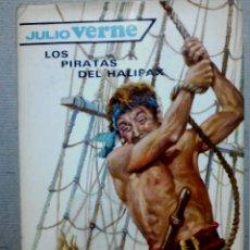 Libros antiguos: LOS PIRATAS DE HALIFAX JULIO VERNE EDITORIAL MOLINO. Lote 196978282