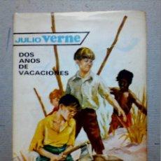 Libros antiguos: DOS AÑOS DE VACACIONES JULIO VERNE EDITORIAL MOLINO. Lote 196979351