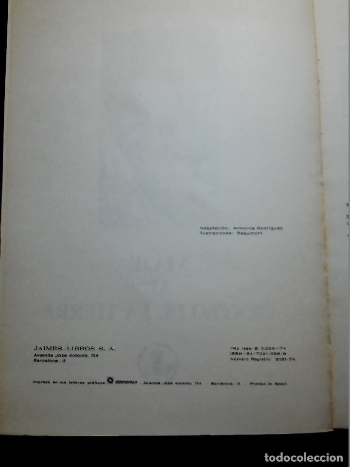 Libros antiguos: LIBRO ILUSTRADO VIAJE AL CENTRO DE LA TIERRA DE JULIO VERNE AÑOS 70 - Foto 4 - 196981201