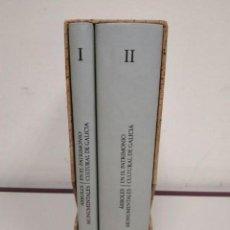 Livres anciens: ÁRBOLES MONUMENTALES EN EL PATRIMONIO CULTURAL DE GALICIA. 2 TOMOS . XUNTA DE GALICIA 2003. Lote 204744368