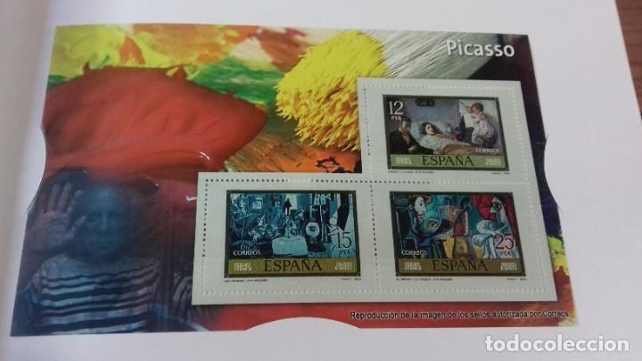Libros antiguos: Libro de sellos, billetes e iconos de la democracia completo - Foto 23 - 216681756