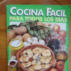 Libros antiguos: COCINA FACIL PARA TODOS LO DIAS , CLARA SAN MILLAN -1984. Lote 240209080