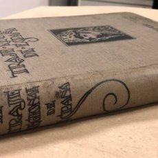 Libros antiguos: EL TRAJE REGIONAL DE ESPAÑA. ISABEL DE PALENCIA. EDITORIAL VOLUNTAD 1926.. Lote 181405152