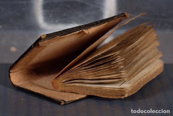 Libros antiguos: Libro en miniatura Le Petit-Poucet année 1818. Dédi à l'Enfance Paris - 27 mm x 19 mm - Foto 9 - 268593019