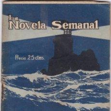 Libros antiguos: A. HERNANDEZ CATA: BAJO LA LUZ. Lote 277218243