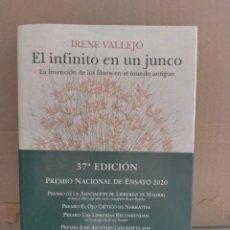 Libros: IRENE VALLEJO. EL INFINITO EN UN JUNCO .SIRUELA ENSAYO. Lote 293319693