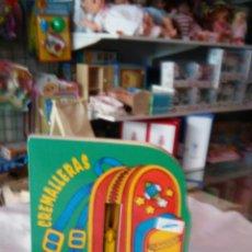 Libros: CREMALLERAS.COLECCIÓN INFANTIL -CON TUS MANITAS- TODOLIBRO 90S.NUEVO.. Lote 139221336
