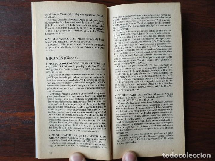 Libros: Dos guías de la colección La Vanguardia. Nº 8, Los museos de Cataluña II. Y nº 4, Las Inversiones, - Foto 4 - 185733593