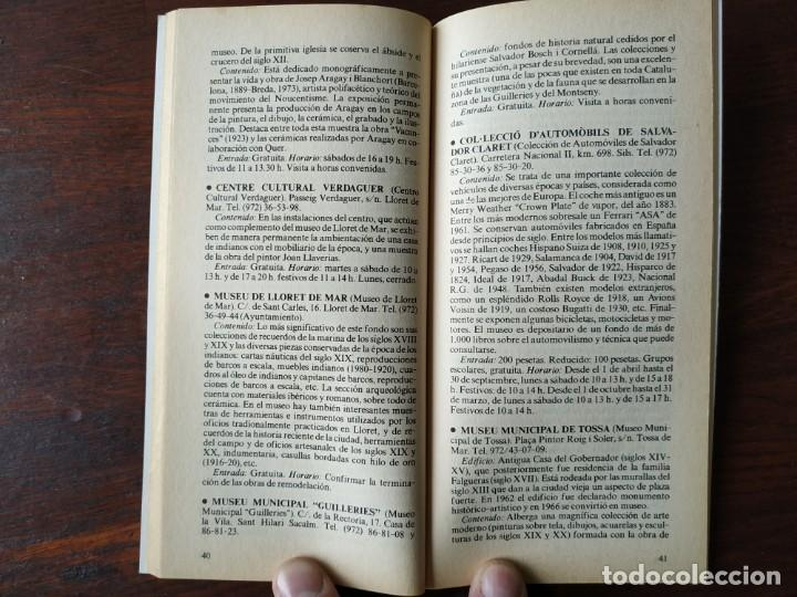 Libros: Dos guías de la colección La Vanguardia. Nº 8, Los museos de Cataluña II. Y nº 4, Las Inversiones, - Foto 8 - 185733593