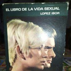 Libros: ANTIGUO LIBRO AÑOS 70. Lote 269336898