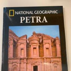 Livros: PETRA COLECCIÓN ARQUEOLOGÍA NATIONAL GEOGRAPHIC. Lote 248435715