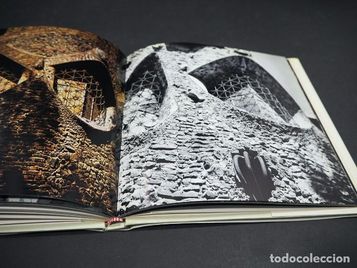 Libros: GAUDI. CRIPTA COLONIA GÜELL. EDICIONES POLIGRAFA. 1972 - Foto 4 - 223973487