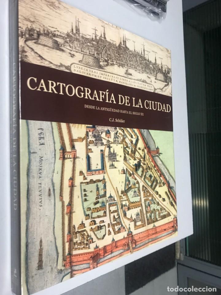 CARTOGRAFÍA DE LA CIUDAD, MÁS DE 300 PAGS. 38X35 CM, (Libros Nuevos - Bellas Artes, ocio y coleccionismo - Arquitectura)