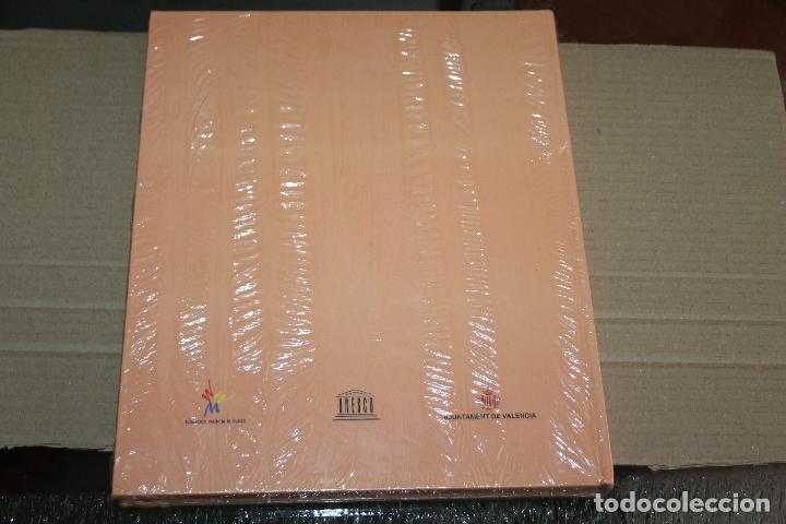Libros: LA LONJA MONUMENTO VIVO, CON FOTOS DE JOSÉ HUGUET CHANZÁ, SIN ABRIR - Foto 2 - 254119145