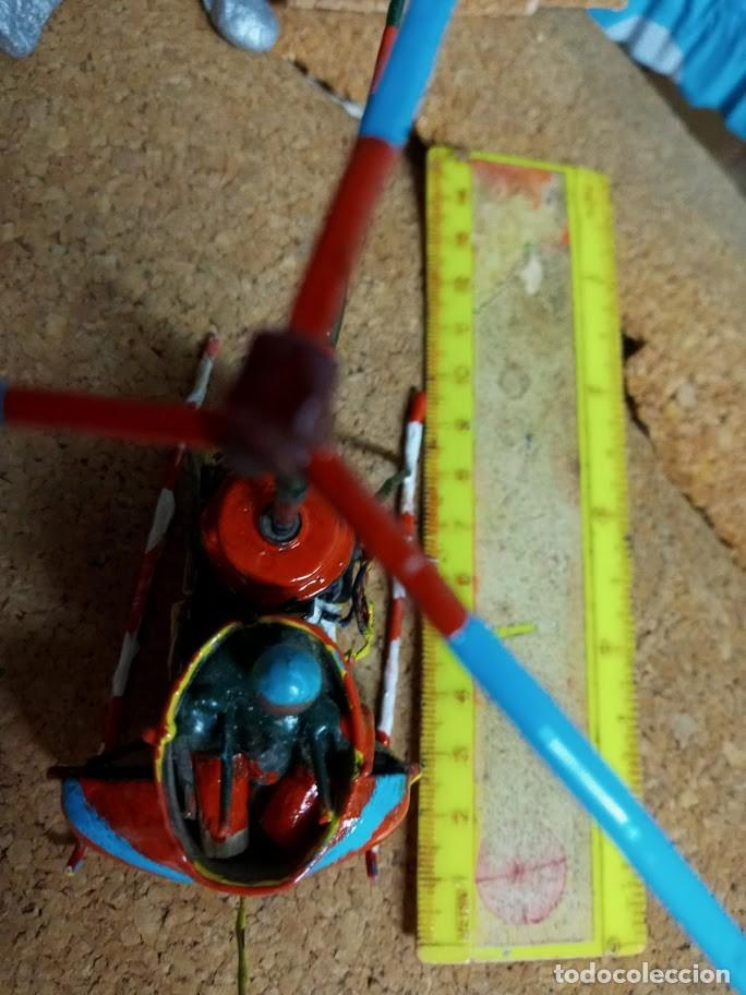 Libros: *Helicoptero Lgo-18 cm. hecho a pzas. reloj. Hélice alta va-pila LR1-*no vuela*4 fotos* Artesanía - Foto 3 - 202534802