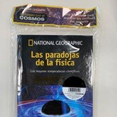 Libros: COLECCIÓN PASEO POR EL COSMOS NATIONAL GEOGRAPHIC - LAS PARADOJAS FÍSICAS. Lote 249502990