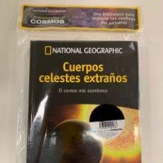 Libros: PASEO POR EL COSMOS NATIONAL GEOGRAPHIC - CUERPOS CELESTES EXTRAÑOS - NUEVO. Lote 260322190