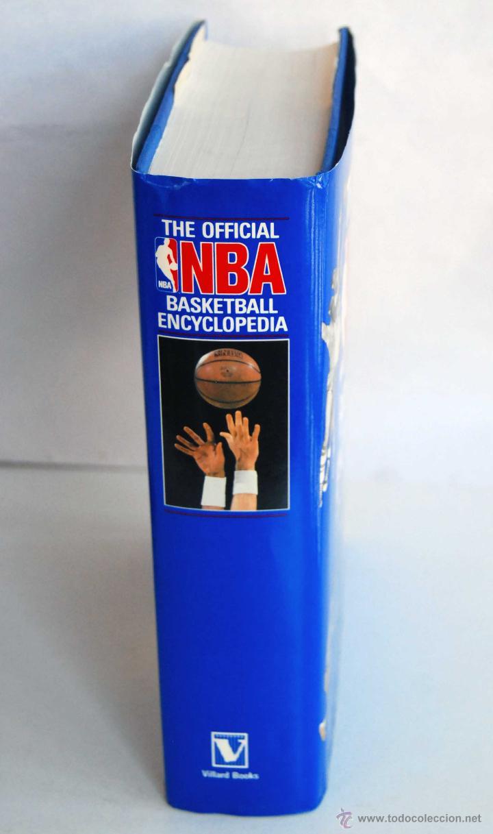 Coleccionismo deportivo: THE OFFICIAL NBA BASKETBALL ENCYCLOPEDIA ENCICLOPEDIA BALONCESTO OFICIAL DE NBA AÑO 1989 766 PAGINAS - Foto 7 - 42239312