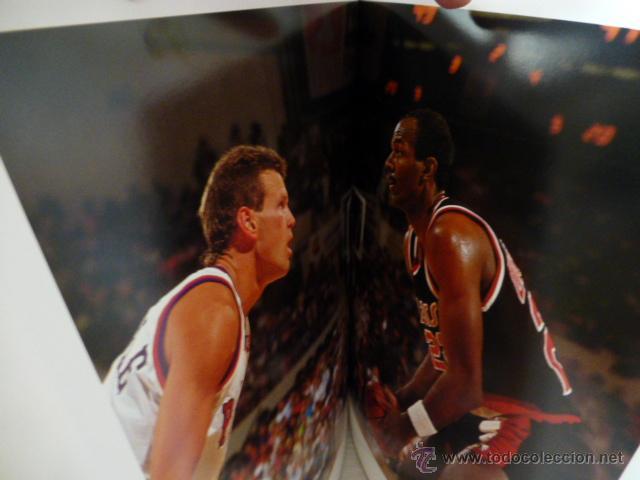 Coleccionismo deportivo: ALREDEDOR DEL PARQUE. (BALONCESTO NBA). PRECIOSO LIBRO DE FOTOGRAFIAS DEL GRUPO DORNA. 1991. - Foto 2 - 44930673