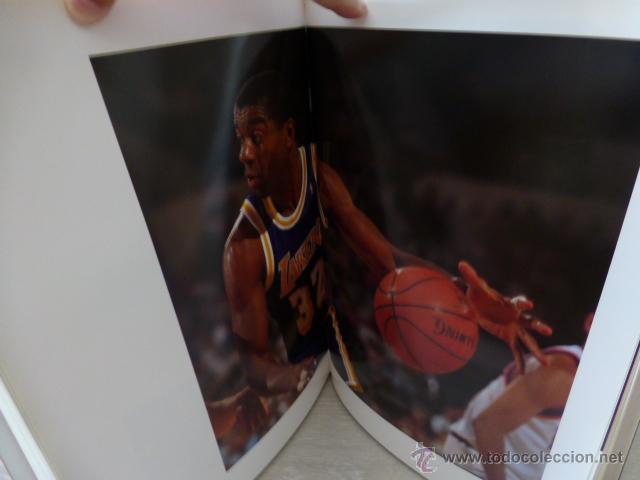 Coleccionismo deportivo: ALREDEDOR DEL PARQUE. (BALONCESTO NBA). PRECIOSO LIBRO DE FOTOGRAFIAS DEL GRUPO DORNA. 1991. - Foto 3 - 44930673