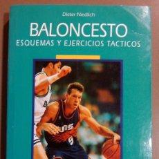 Coleccionismo deportivo: BALONCESTO. ESQUEMAS Y EJERCICIOS TÁCTICOS. DIETER NIEDLICH. HISPANO EUROPEA. 2000 423 ILUSTRACIONES. Lote 49677001