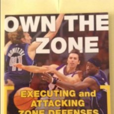Coleccionismo deportivo: OWN THE ZONE. EXECUTING AND ATTACKING ZONE DEFENSES (COACH DON CASEY AND RALPH PIM). Lote 91721435