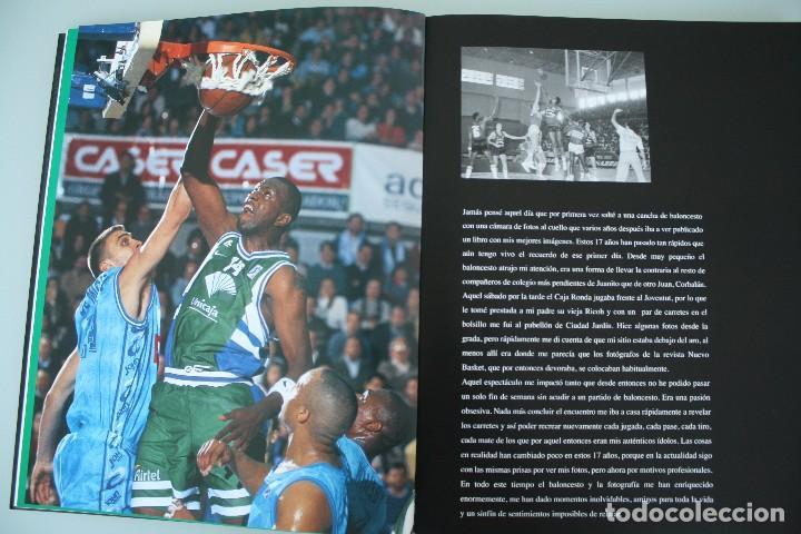 Coleccionismo deportivo: 17 AÑOS BAJO EL ARO (1983 -2000) LIBRO FOTÓGRAFO MALAGUEÑO MARIANO POZO – UNICAJA MALAGA BALONCESTO - Foto 4 - 100868299