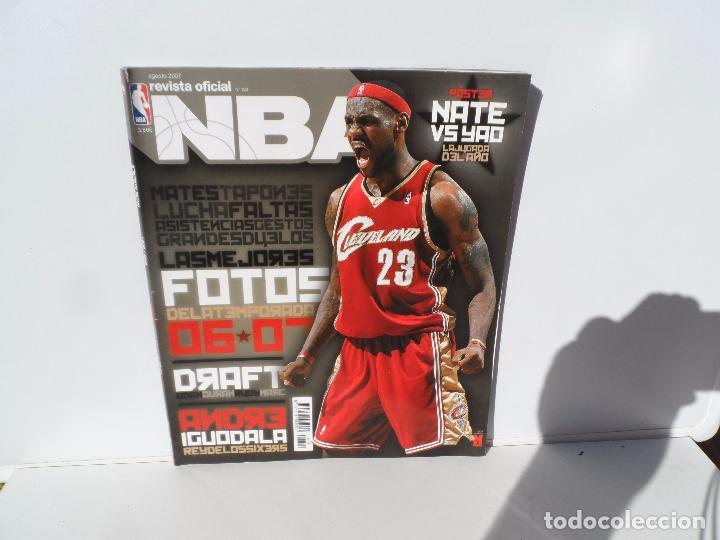 NBA REVISTA OFICIAL AGOSTO 2007 - LAS MEJORES FOTOS DE LA TEMPORADA 06-07 POSTER LA JUGADA DEL AÑO (Coleccionismo Deportivo - Libros de Baloncesto)