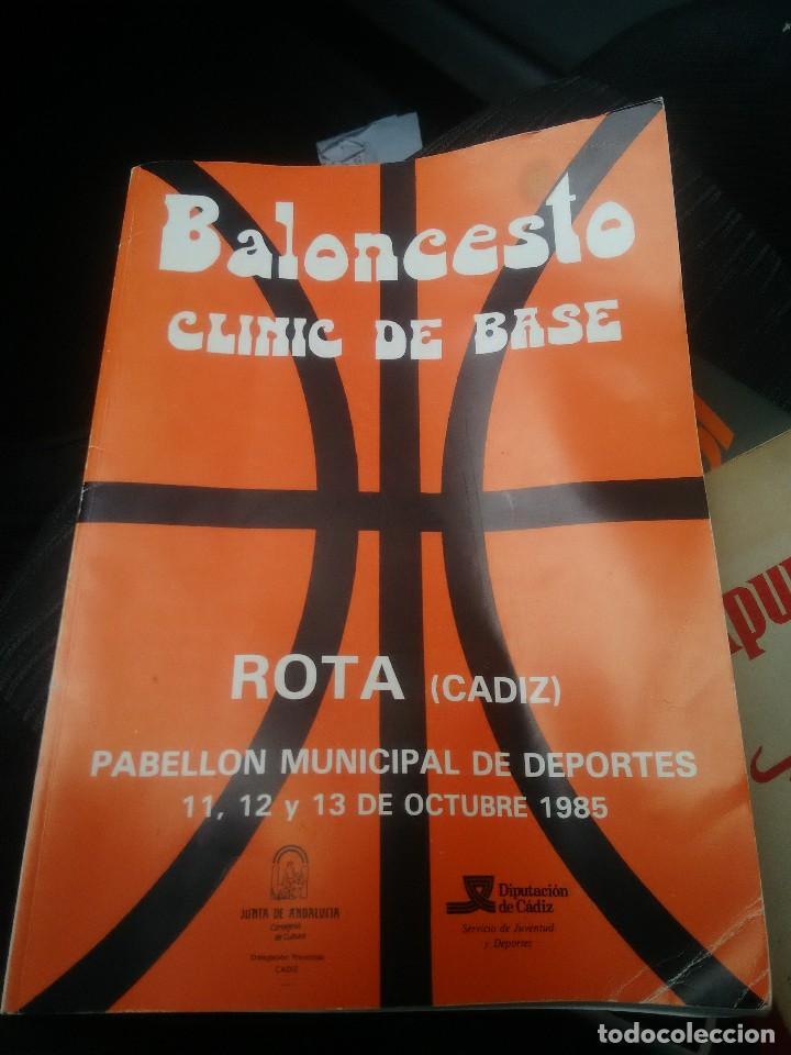 LIBRO BALONCESTO CLINIC DE BASE (Coleccionismo Deportivo - Libros de Baloncesto)
