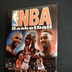 Coleccionismo deportivo: NBA BASKETBALL - AN OFFICIAL FAN'S GUIDE - MARK VANCIL - EN INGLES - . Lote 111401611