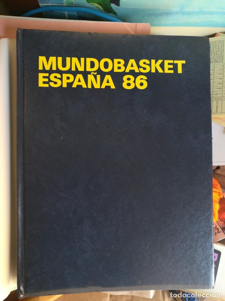 LIBRO MUNDO BASKET ESPAÑA 86 FEDERACION ESPAÑOLA DE BALONCESTO (Coleccionismo Deportivo - Libros de Baloncesto)