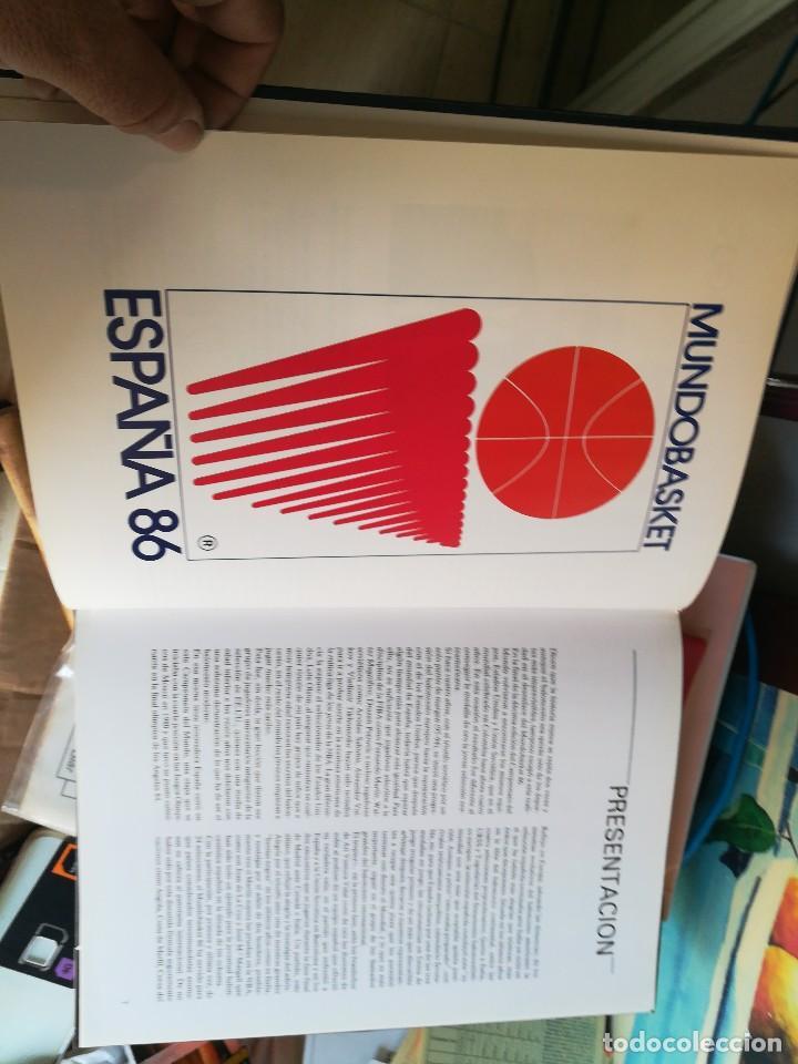Coleccionismo deportivo: libro mundo basket españa 86 federacion española de baloncesto - Foto 3 - 111675563