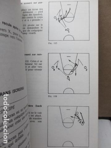 Coleccionismo deportivo: Jouer au basket : Enseignement et pratique (Sports et loisirs) de CREVECOEUR G. et SMETS A. FRANCES - Foto 13 - 112083227