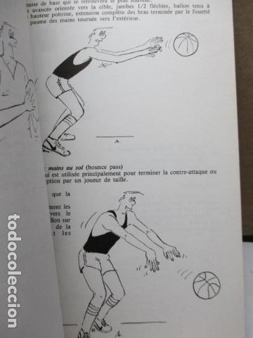 Coleccionismo deportivo: Jouer au basket : Enseignement et pratique (Sports et loisirs) de CREVECOEUR G. et SMETS A. FRANCES - Foto 15 - 112083227