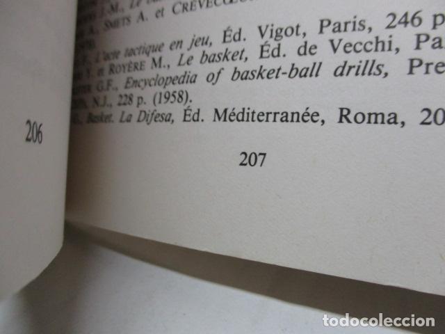 Coleccionismo deportivo: Jouer au basket : Enseignement et pratique (Sports et loisirs) de CREVECOEUR G. et SMETS A. FRANCES - Foto 18 - 112083227