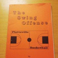 Coleccionismo deportivo: THE SWING OFFENSE. BY BO RYAN WITH DAN BURRESON. Lote 160392818
