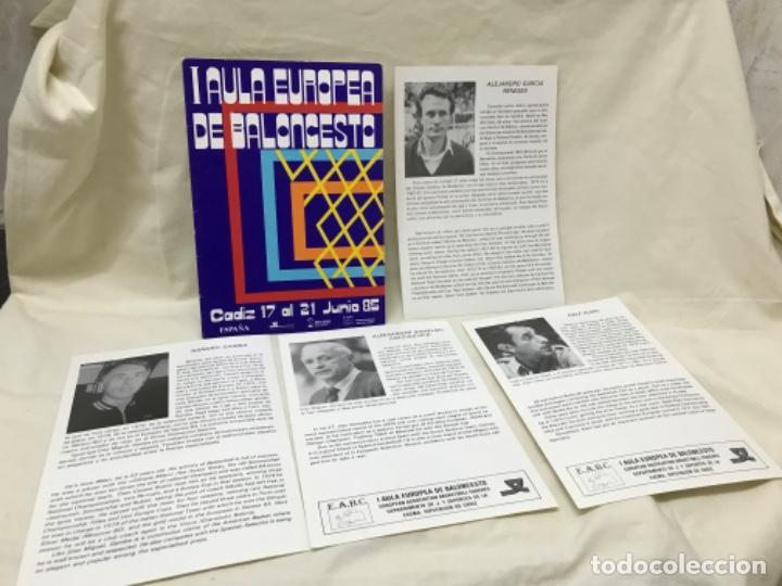 I AULA ESPAÑOLA DEL BALONCESTO CADIZ 1985 BASKET PROGRAMA GENERAL Y FICHAS 8 ENTRENADORES (Coleccionismo Deportivo - Libros de Baloncesto)