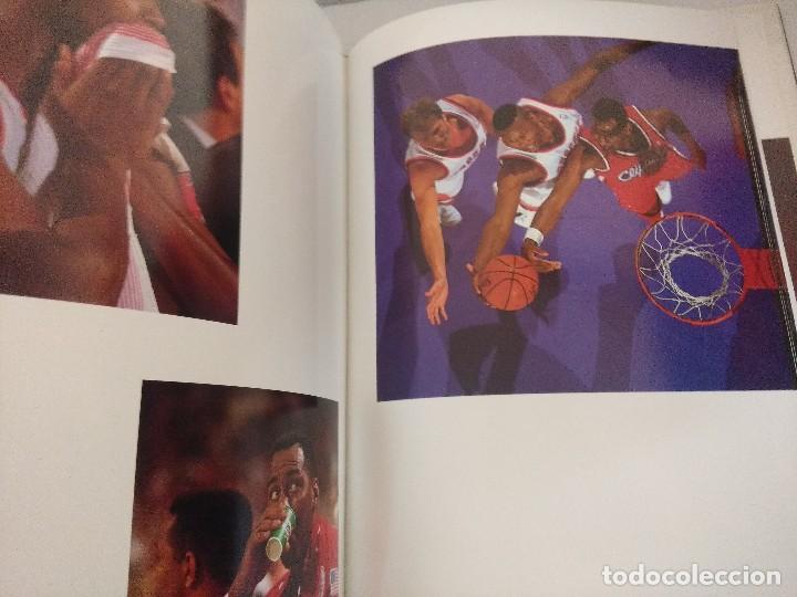 Coleccionismo deportivo: LIBRO BALONCESTO/ALREDEDOR DEL PARQUE/EDICION NUMERADA. - Foto 7 - 209347048