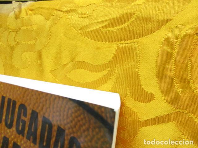 Coleccionismo deportivo: LIBRO DE JUGADAS DE LOS ENTRENADORES DE LA NBA - COMO NUEVO. - Foto 3 - 236247115