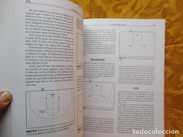 Coleccionismo deportivo: LIBRO DE JUGADAS DE LOS ENTRENADORES DE LA NBA - COMO NUEVO. - Foto 15 - 236247115