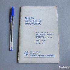 Coleccionismo deportivo: REGLAS OFICIALES DE BALONCESTO - FEDERACIÓN ESPAÑOLA DE BALONCESTO 1964 1968. Lote 253210515