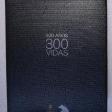 Livres: 300 AÑOS 300 VIDAS - CAJAMADRID, AÑO 2002; GRAN FORMATO, CON FOTOGRAFIAS EN BLANCO Y NEGRO. Lote 107241643