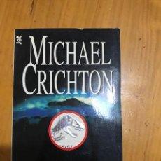 Libros: MICHAEL CRICHTON EL MUNDO PERDIDO (PARQUE JURASICO 2) EDITORIAL PLAZA Y JANES. Lote 133875778